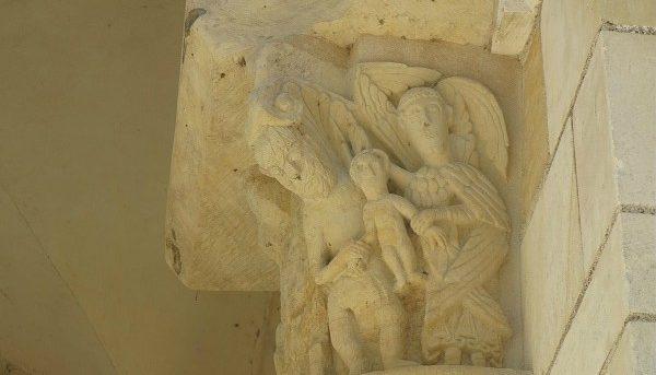 Chapiteau de l'abbaye Fleury à Saint-Benoit-sur-Loire